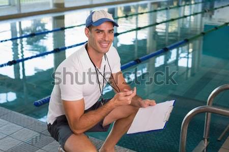 úszik oktató mosolyog kamera medence szabadidő Stock fotó © wavebreak_media