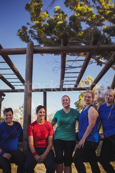 группа соответствовать женщины Постоянный вместе загрузка Сток-фото © wavebreak_media