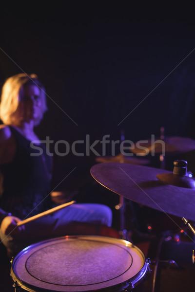 Vrouwelijke trommelaar discotheek muziek meisje Stockfoto © wavebreak_media