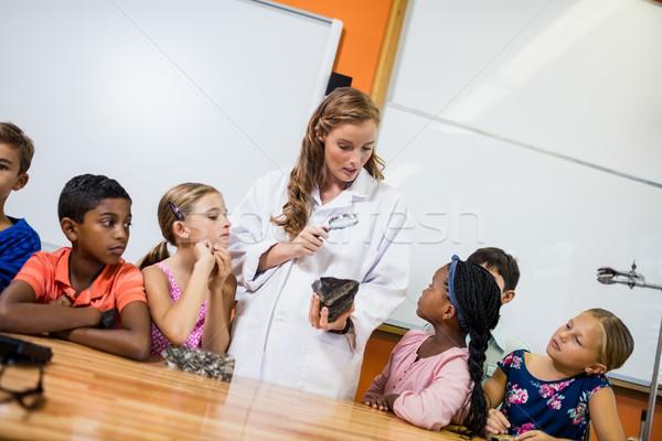 учитель урок студентов школы образование мальчика Сток-фото © wavebreak_media