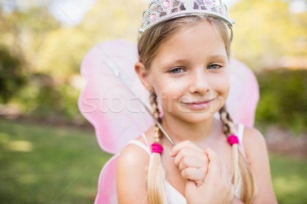 Retrato bonitinho menina fadas parque árvore Foto stock © wavebreak_media