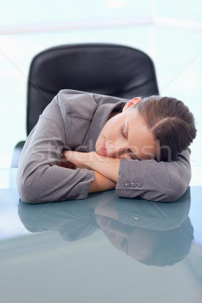 Portret moe zakenvrouw slapen bureau business Stockfoto © wavebreak_media