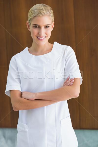 Schönheit Therapeut lächelnd Kamera spa Stock foto © wavebreak_media