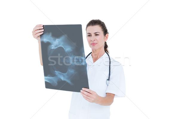 集中する 医師 見える 白 壁 女性 ストックフォト © wavebreak_media