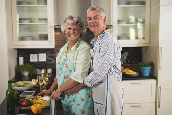 Glimlachend koken keuken home portret Stockfoto © wavebreak_media