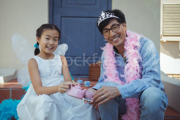 Padre hija hadas traje té fiesta Foto stock © wavebreak_media