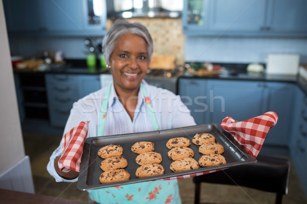 Vue femme préparé cookies Photo stock © wavebreak_media
