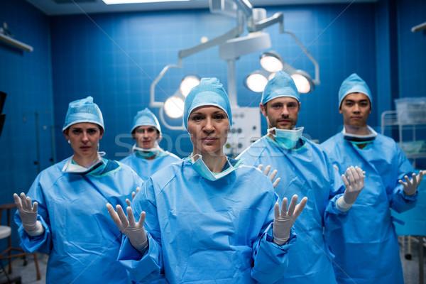 Portret chirurgen permanente handen operatie Stockfoto © wavebreak_media
