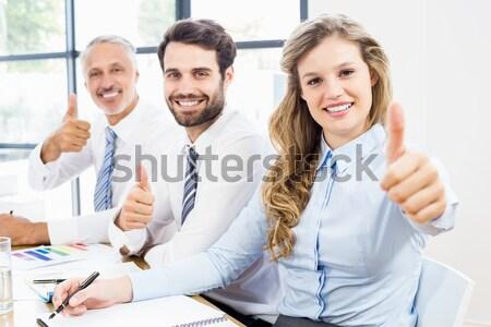 Gens d'affaires caméra bureau réunion travaux Photo stock © wavebreak_media