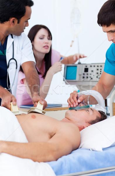 Ambicioso médico equipe paciente hospital mulher Foto stock © wavebreak_media