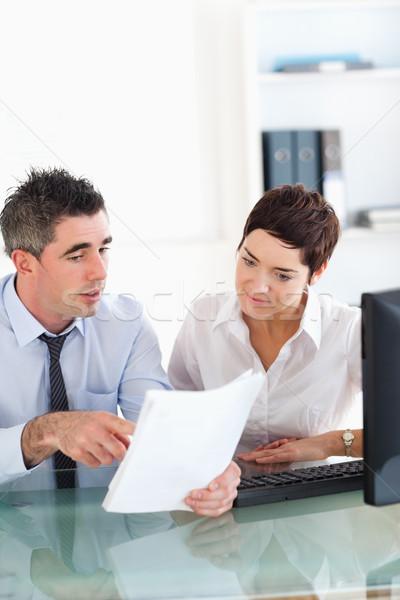 Portret collega's naar documenten kantoor vrouw Stockfoto © wavebreak_media