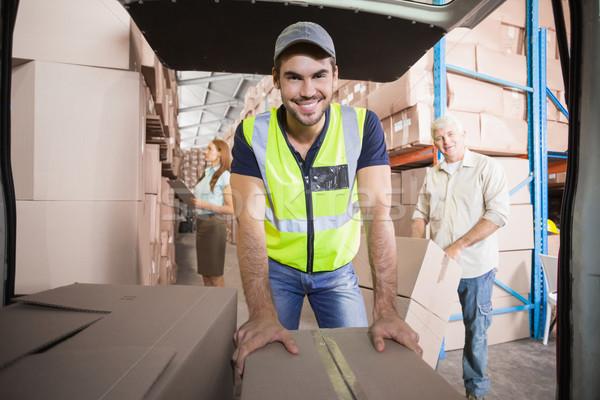 Entrega conductor van cajas fuera almacén Foto stock © wavebreak_media