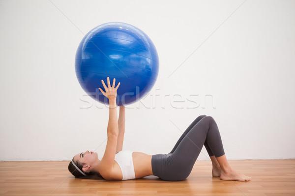 Fitt barna hajú edz testmozgás labda fapadló Stock fotó © wavebreak_media