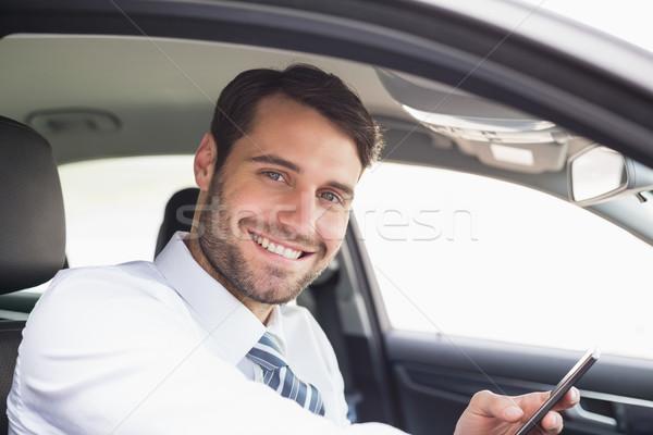 üzletember küldés szöveges üzenet autó üzlet ablak Stock fotó © wavebreak_media