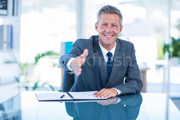 Zakenman klaar schudden hand kantoor man Stockfoto © wavebreak_media