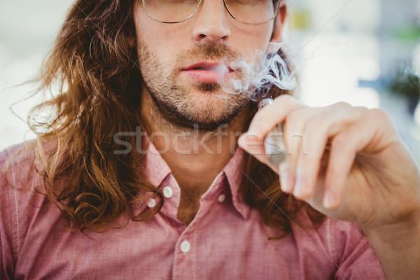 Sigara içme elektronik sigara adam Stok fotoğraf © wavebreak_media