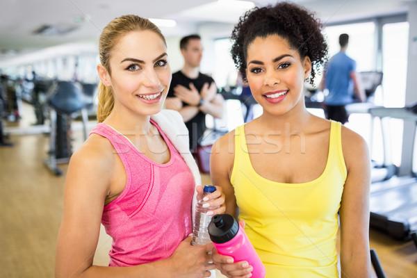 Uygun kadın gülen kamera spor salonu mutlu Stok fotoğraf © wavebreak_media
