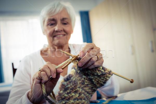 Senior vrouw naaien pensioen huis gelukkig Stockfoto © wavebreak_media