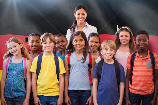 Obraz cute uczniowie uśmiechnięty kamery Zdjęcia stock © wavebreak_media