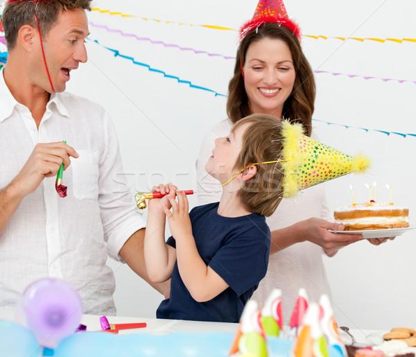 Boldog család ünnepel kicsi fiúk születésnap otthon Stock fotó © wavebreak_media