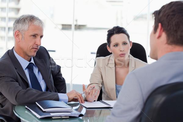 üzleti csapat tárgyal vásárló tárgyalóterem üzlet férfi Stock fotó © wavebreak_media