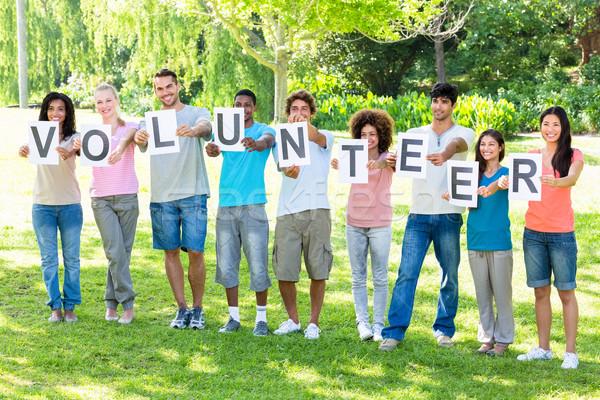 Arkadaşlar yazım gönüllü tam uzunlukta kampus Stok fotoğraf © wavebreak_media