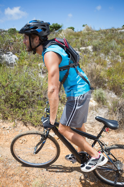 Stok fotoğraf: Uygun · adam · bisiklete · binme · yukarı · dağ · iz