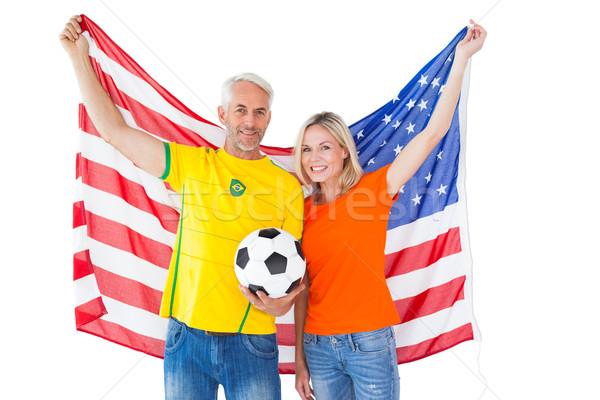 Fußball Fan Paar Jubel lächelnd Kamera Stock foto © wavebreak_media