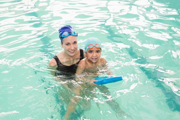 Sevimli küçük erkek öğrenme yüzmek koç Stok fotoğraf © wavebreak_media