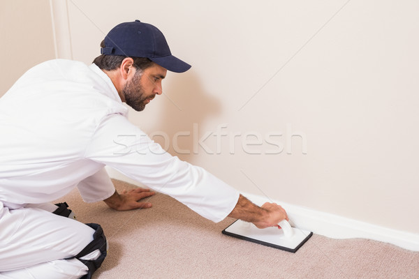Handyman tapete homem parede Foto stock © wavebreak_media