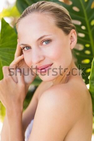 Zdjęcia stock: Piękna · młoda · kobieta · kwiat · biały
