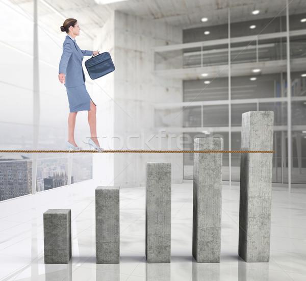 Obraz kobieta interesu spaceru lina wykres słupkowy Zdjęcia stock © wavebreak_media
