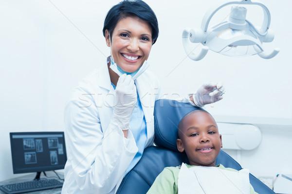 Retrato sorridente feminino dentista meninos Foto stock © wavebreak_media