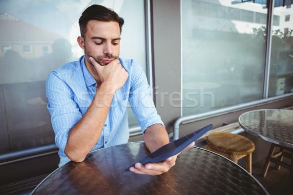 Atento empresário comprimido fora café negócio Foto stock © wavebreak_media