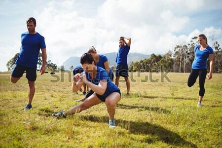 Ninos jugando guerra formación arranque campamento Foto stock © wavebreak_media
