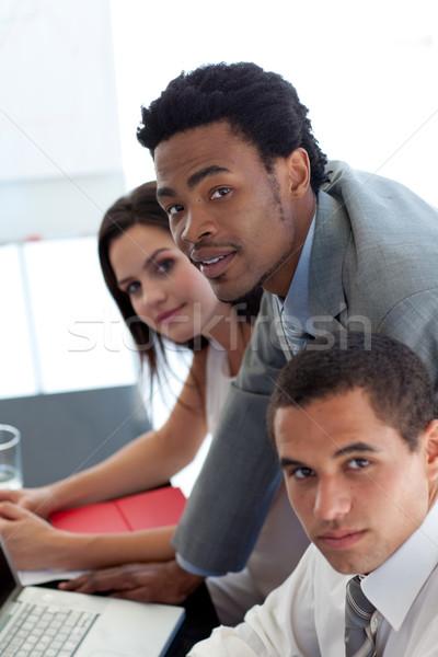 бизнесмен рабочих команда служба компьютер человека Сток-фото © wavebreak_media
