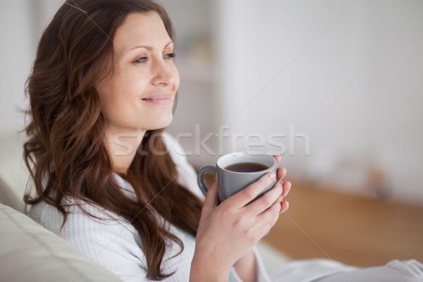женщина улыбается гостиной Кубок Lounge женщины Сток-фото © wavebreak_media