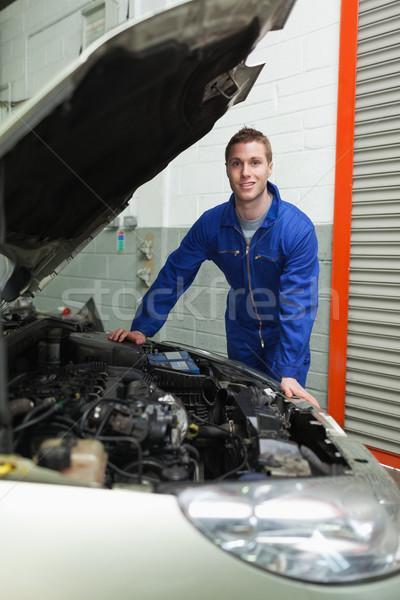 Glücklich Mechaniker stehen Auto Porträt männlich Stock foto © wavebreak_media