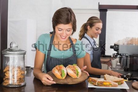 Bastante de trabajo sonrisa Cafetería negocios alimentos Foto stock © wavebreak_media