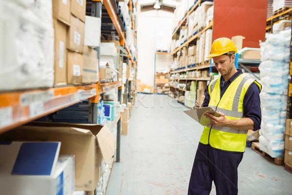 Konzentriert Halle Arbeitnehmer Zwischenablage groß Business Stock foto © wavebreak_media