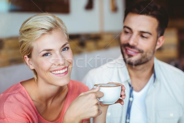 Pár elvesz csésze kávé kávézó férfi Stock fotó © wavebreak_media