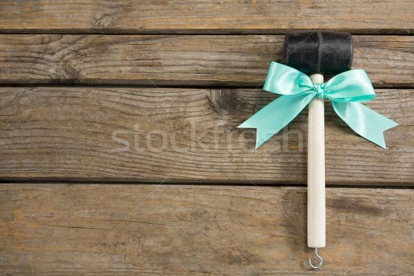 мнение молота лента таблице деревянный стол древесины Сток-фото © wavebreak_media