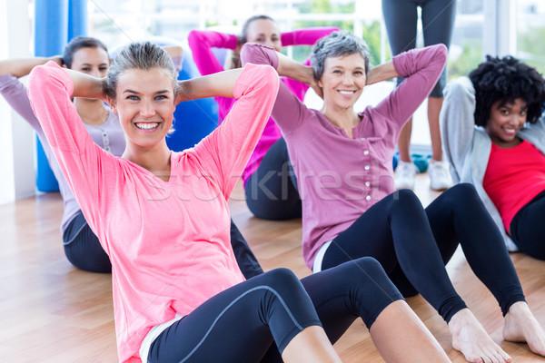 Donne sedersi ritratto fitness Foto d'archivio © wavebreak_media
