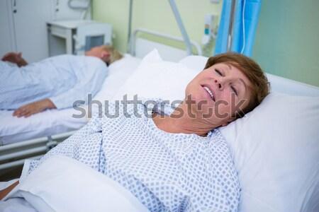 Paramédico paciente clínica médico comunicação Foto stock © wavebreak_media