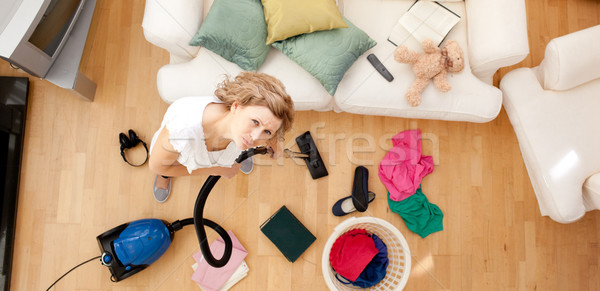Moe vrouw woonkamer blond hoofdtelefoon Stockfoto © wavebreak_media