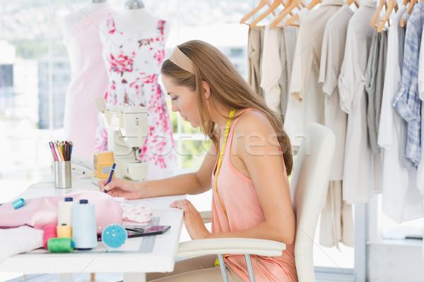 ストックフォト: 女性 · ファッション · デザイナー · 作業 · デザイン · 側面図