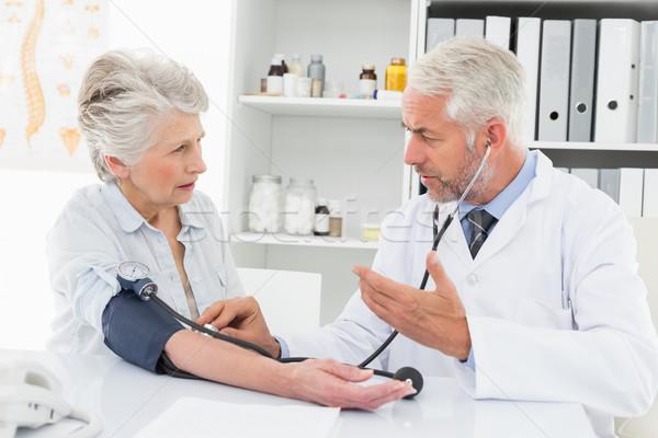 Médecin retraite patient médicaux Photo stock © wavebreak_media