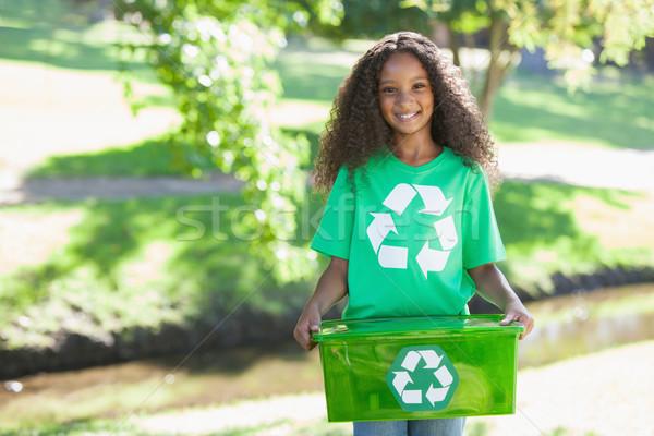 Młodych środowiskowy aktywista uśmiechnięty kamery Zdjęcia stock © wavebreak_media