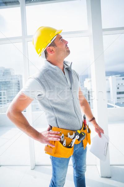 Férfi felügyelő épület vágólap férfi ablak Stock fotó © wavebreak_media