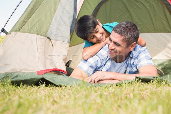 Filho pai tenda homem feliz Foto stock © wavebreak_media